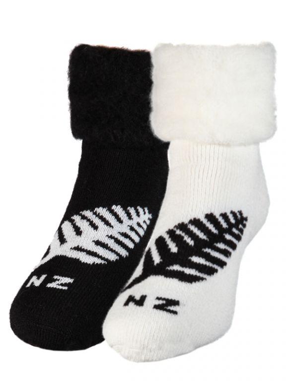 Fern Black, Winter White